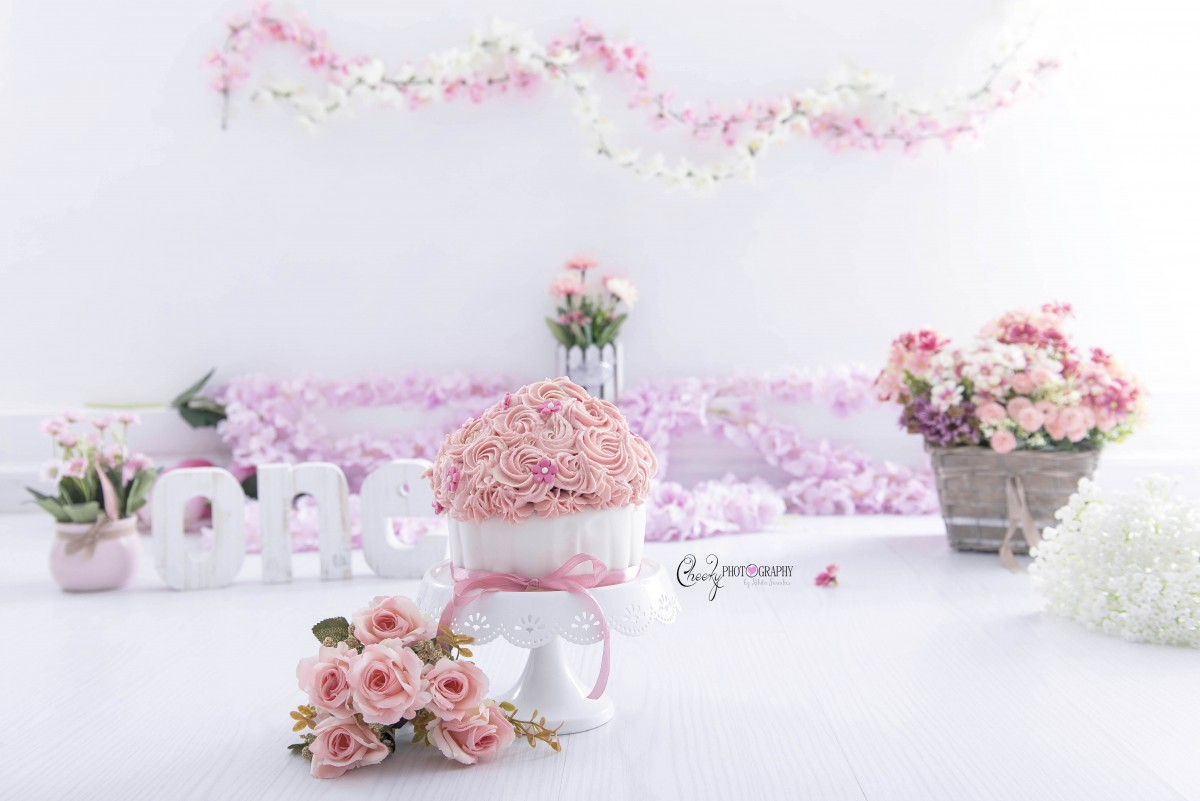flower cake smash theme